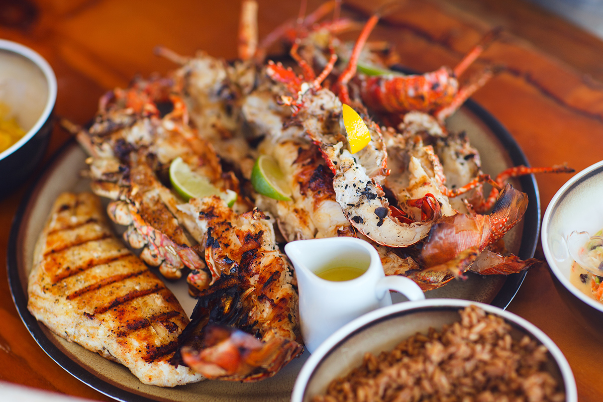 Seafood-Mixed-Grill